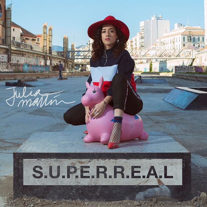 superreal julia martín
